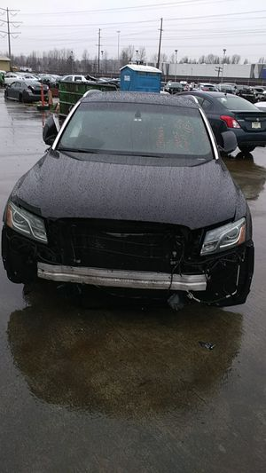 Parting out 2010 Audi Q5s for Sale in Kent, WA
