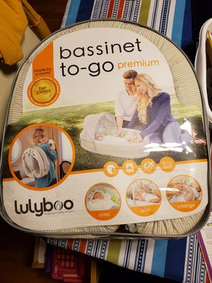Almost New Bassinet to go for Sale in Fairfax, VA