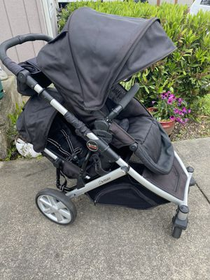 Britax B-Ready double stroller for Sale in Everett, WA