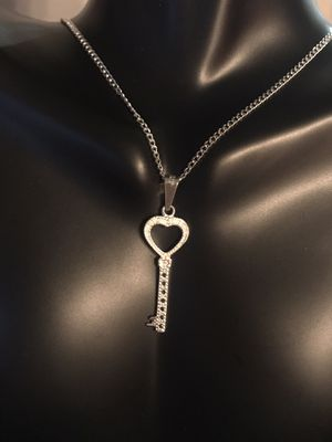 Silver Key Necklace for Sale in South Gate, CA