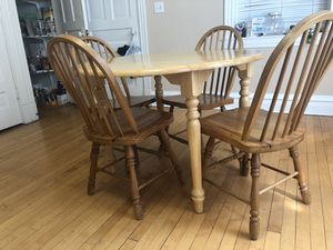 Kitchen table and appliances for Sale in Chicago, IL