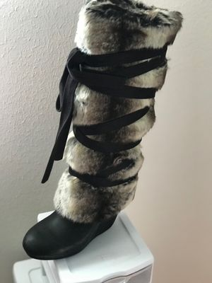 Women's boots for Sale in Sarasota, FL