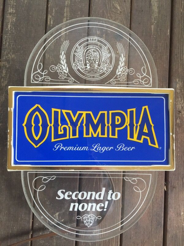 Vintage Olympia Beer Sign - Lighted for Sale in Maple