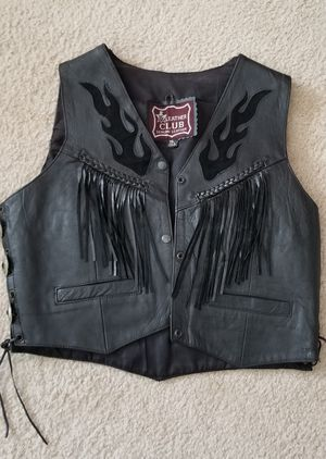 Woman's leather vest for Sale in Blacklick, OH