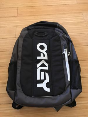 Oakley Enduro 20L 2.0 backpack new with tags for Sale in Hacienda Heights, CA