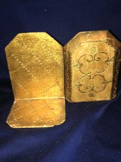 ANTIQUE WOODEN GOLD BOOKENDS for Sale in Danville,  CA