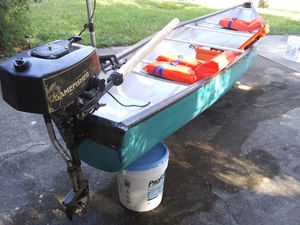 Canoe with 3 hp outboard for Sale in Clearwater, FL