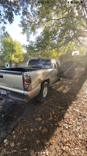 2002 Chevy Silverado for Sale in Clayton, MO