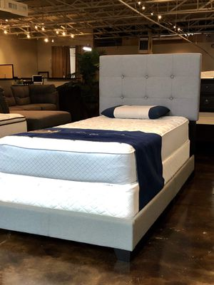 BRAND NEW TWIN SIZE BED AND MATTRESS (FREE DELIVERY) for Sale in Dallas, TX