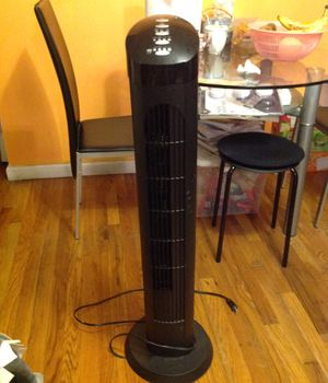 Best tower fan cascade 40 inch tower with remote for Sale in Queens, NY