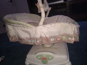 Fisher Price Soothing motions glider for Sale in El Mirage, AZ