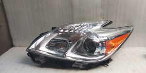 2012 2015 Prius headlight for Sale in Compton, CA