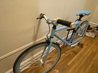 Baby blue bike for Sale in Brooklyn,  NY