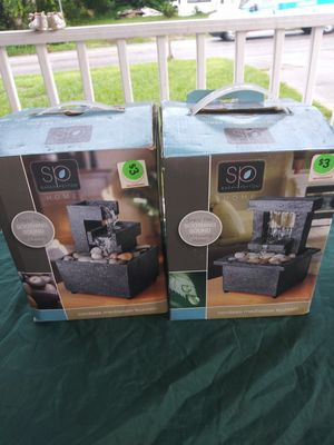 2 fountains $5 for both battery opp for Sale in Winter Haven, FL