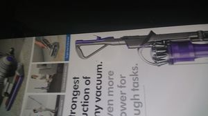 NEW Dyson UP20 Ball Animal 2 Upright Vacuum Self Adjusting Cleaner Head - Purple for Sale in Los Angeles, CA