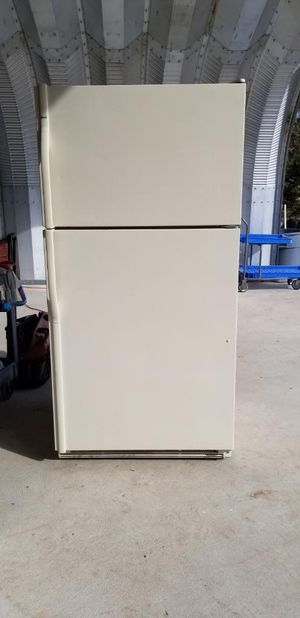 Durable Kenmore refrigerator with top mounted freezer for Sale in Lakeside, CA
