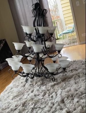 Beautiful ceiling light fixture for Sale in Warrenville, IL