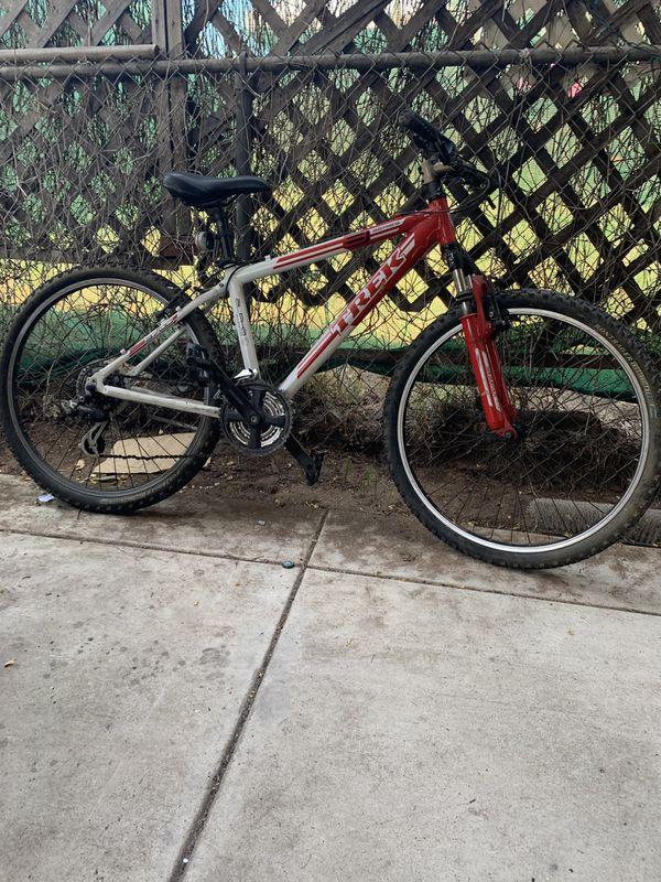 Trek 3 Series 3700 mountain bike