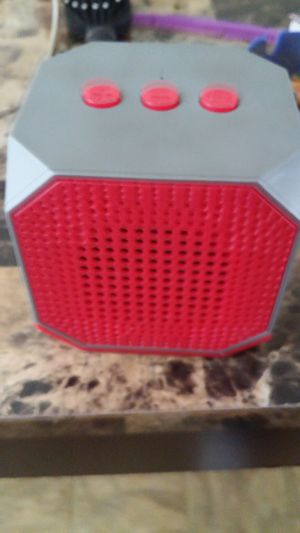 Speaker bluetooth for Sale in East Saint Louis, IL