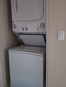 Kenmore Washer/Dryer for Sale in Wilsonville,  OR