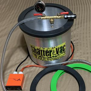 5 Gallon Vacuum Chamber Shatter Vac With Heating Pad & Extra Gaskets for Sale in Tigard, OR