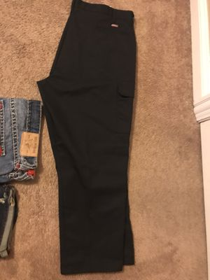 Brand new dickie cargo pants no tags for Sale in Des Plaines, IL