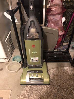 Hoover Self propelled Vacuum for Sale in San Leon, TX