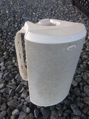 Polk Audio 8 exterior and 4 interior Speakers for Sale in Union Beach, NJ
