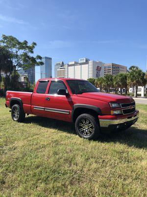 Chevy Silverado Truck 1500 for Sale in Tampa, FL