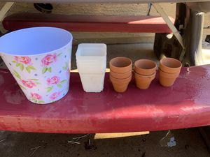 Assorted misc plant pots for Sale in Chandler, AZ