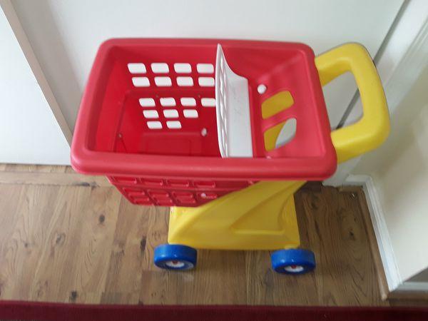 Kids toy shopping cart