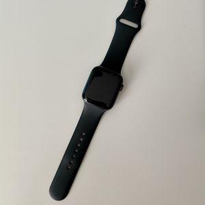 Apple Watch 44mm series 5 for Sale in Elk Grove, CA