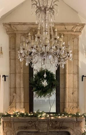 Crystal Chandelier Victorian 20-light for Sale in McDonald, PA