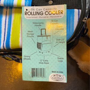 Rolling Cooler 36 Can Capacity for Sale in Castro Valley, CA