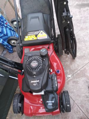 Lawn mower already Drive powered by Honda motor $200 play good condition for Sale in Los Angeles, CA