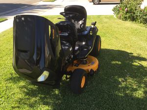 Like new Poulan pro lawn tractor for Sale in Chino Hills, CA