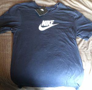 Brand new nike shirt for Sale in Lynwood, CA