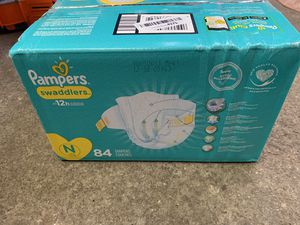 Pampers swaddles diapers Size N 84 ct for Sale in Elk Grove Village, IL
