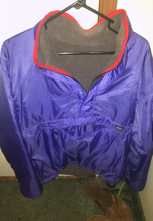 Vintage Patagonia reversible fleece very warm. Size Large for Sale in Austin, TX