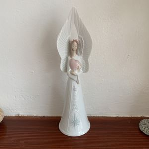 "Lladro ""Sounds Of Love"" Angel Bell for Sale in Carmel Hamlet, NY"