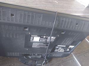 32ich Panasonic flat screen no remote for Sale in Richmond, VA