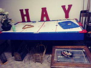 Air hockey table for Sale in Amarillo, TX