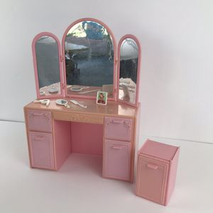 Barbie Vanity Dresser with Accessories 1990s part of the snaps broke off the back of the mirror so you need to use tape to keep the mirror up for Sale in Newport Beach, CA