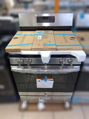 *NEW* GE 5-Burner Gas Stove (open box, scratch & dent) for Sale in Tucson, AZ