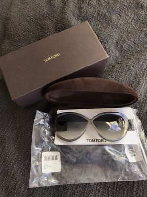 In-Box Gray Tom Ford Madison Sunglasses (Woman) originally $230 for Sale in Brea, CA