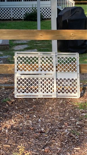 Baby toddler safety gate for Sale in Simpsonville, SC