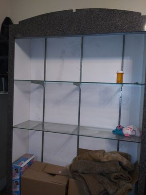 LARGE display case. MUST PICK UP for Sale in Modesto, CA