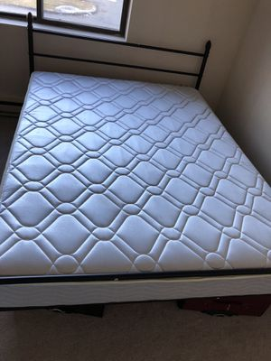 """8"""" queen mattress with bed frame for Sale in Shrewsbury, MA"""