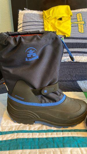 Kamik snow boot bug kid size 7 for Sale in Miami, FL