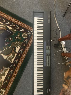 Kurzweil keyboard piano midi sp88 for Sale in Los Angeles, CA